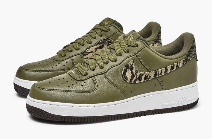 nike-air-force-1-aop-prm-aq4131-200-medium-olive-khaki-velvet-brow